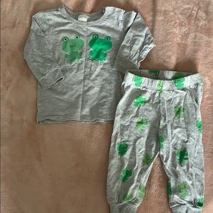 H&M 4-6months frog outfit